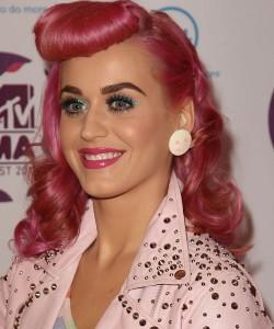 Katy-Perry-Retro-Style