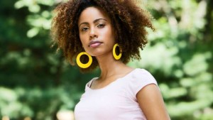 Avoid oversized earrings